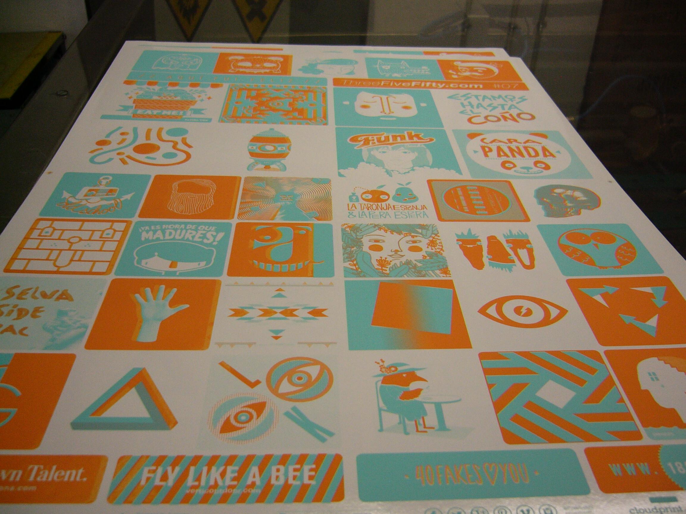 Fanzine #7 ThreeFiveFifty recien salido de máquina una vez realizada por Art Plus Serigrafía la segunda tinta