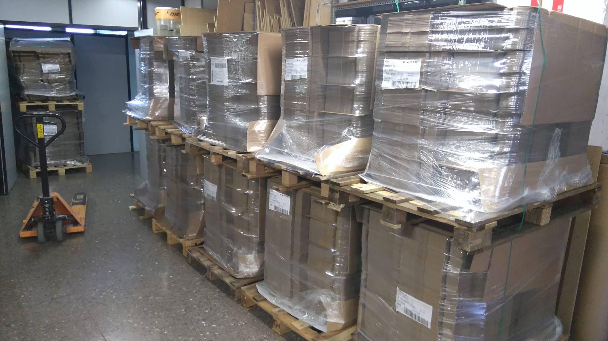 cajas-de-carton-kraft-troqulado-prepapradas-para-serigrafiar-en-art-plus-serigrafia-barcelona